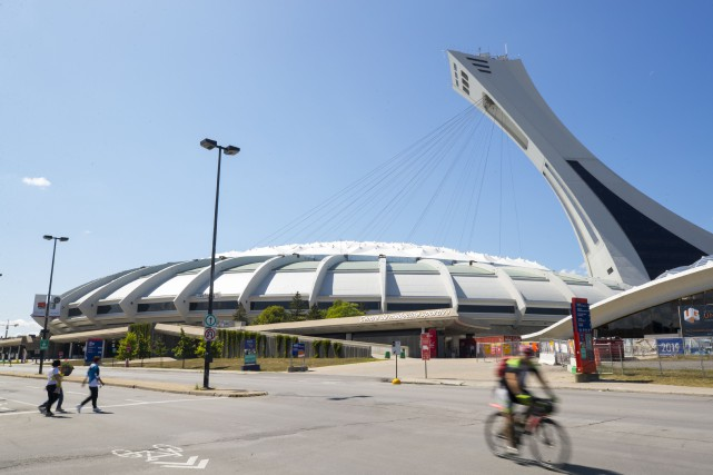 Le prochain toit du Stade olympique devra laisser entrer la lumière