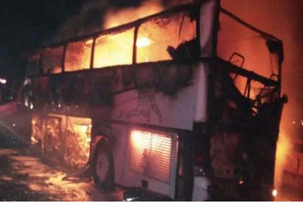 Arabie saoudite: 35 morts dans la collision entre un autocar et un engin de chantier