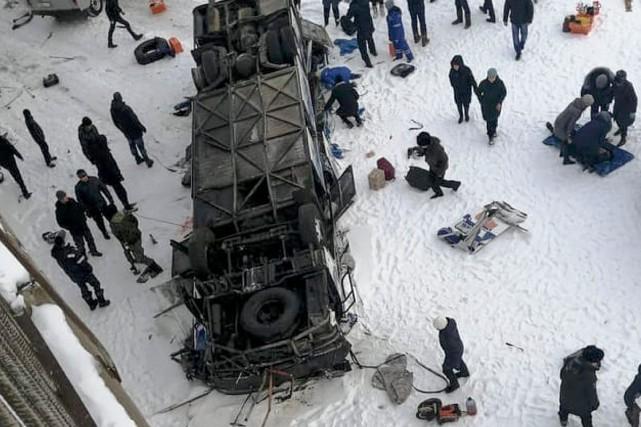 Russie: 19 morts dans un accident d'autocar en Sibérie