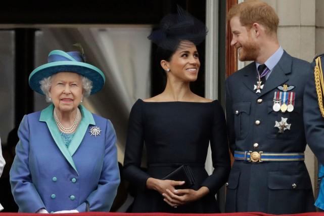 Harry et Meghan: la reine demande à la famille royale une «solution» rapide