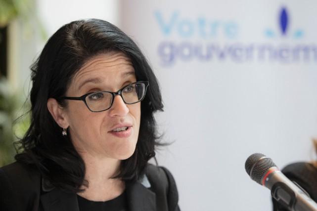 Meurtre à Québec: Sonia LeBel demande des comptes à Ottawa