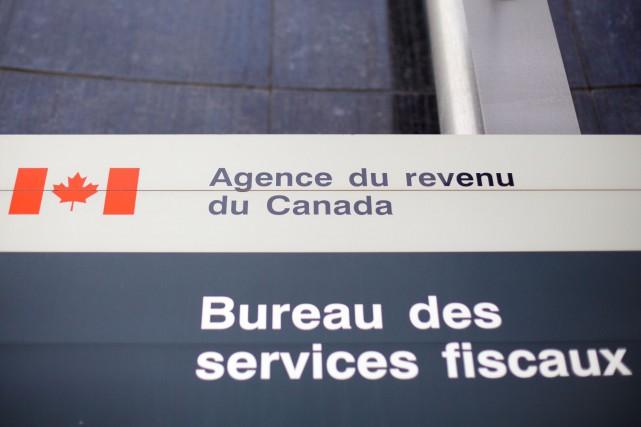 Revenu Canada: les 27000 employés consultés sur un mandat de grève