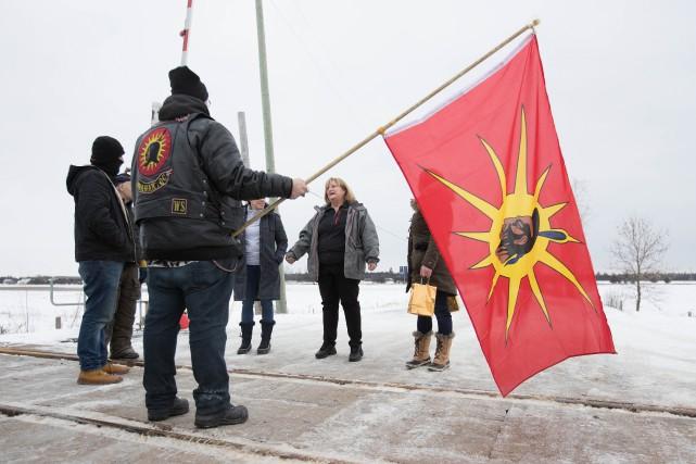 Le CN ferme son réseau dans l'est du Canada, VIA Rail dans tout le pays