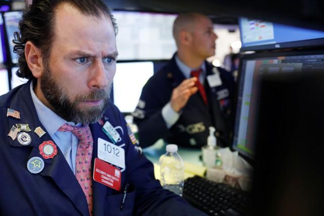 Wall Street tente un rebond