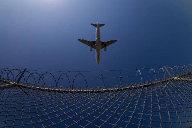 Voyages annulés: demande d'action collective contre Air Canada et Air Transat