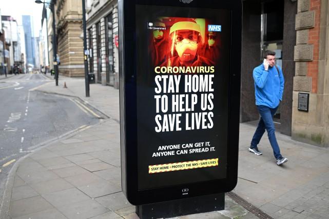 L'épidémie de COVID-19 s'accélère au Royaume-Uni