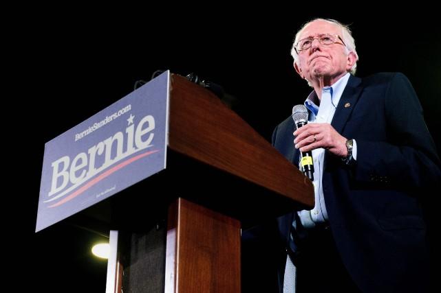 Bernie Sanders met fin à sa campagne
