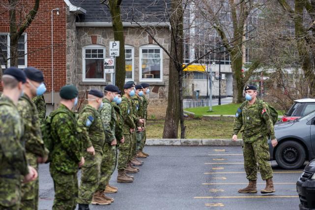 Les Forces armées retardent des déploiements