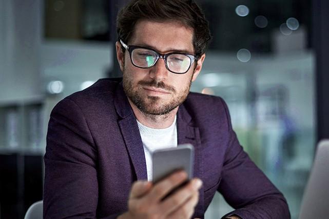 Contrôler, à partir d'un téléphone intelligent, plusieurs paramètres d'une...