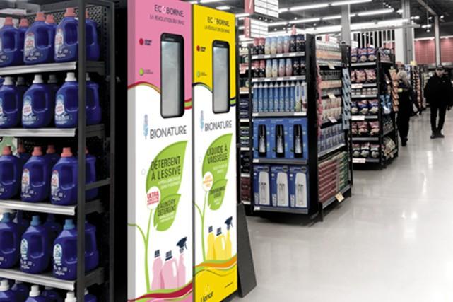 Dans leurs efforts pour réduire leur consommation de plastique, les Québécois...