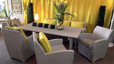 Jardin tout meubl lucie lavigne cour et jardin for Meuble patio
