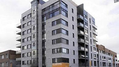 La façade du Central sur le boulevard René-Lévesque....