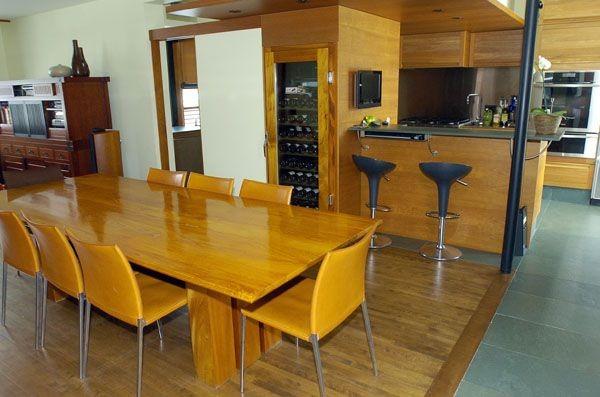 L'espace salle à manger et cuisine est vaste... (Photo Le Soleil)