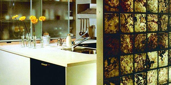 Dans cette cuisine, les blocs se métamorphosent tout... (Photo Le Soleil)