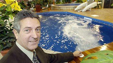 Richard Pitre, de Piscine Trévi, active le contre-courant...