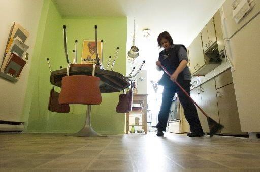 Depuis 1996, Québec subventionne l'embauche de préposés à... (Photo Ivanoh Demers, La Presse)