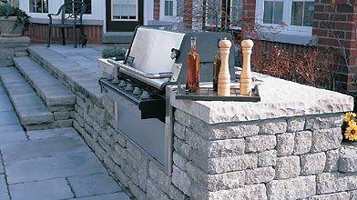 Le barbecue est de plus en plus incrusté...