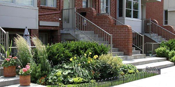 Le retour la terre en ville marc tison cour for Amenagement petite cour maison