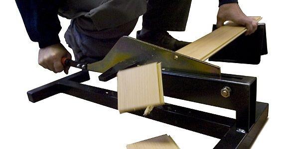 Couper proprement du plancher flottant raymond bernatchez les bons outils - Couper le parquet flottant ...