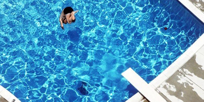 Québec élaborera une réglementation uniforme pour les piscines résidentielles...
