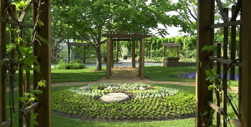 Le Jardin Daniel A-Seguin, à Saint-Hyacinthe est public... (Photo Martin Chamberland, La Presse)