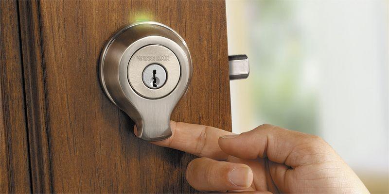 Nouvelle serrure biométrique s'activant grâce à l'empreinte digitale.... (Photo fournie par Weiser)
