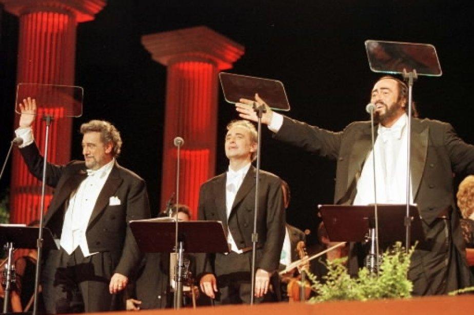 Les trois ténors Placido Domingo, Jose Carreras et Luciano Pavarotti en spectacle à Detroit. | 1 mars 2011