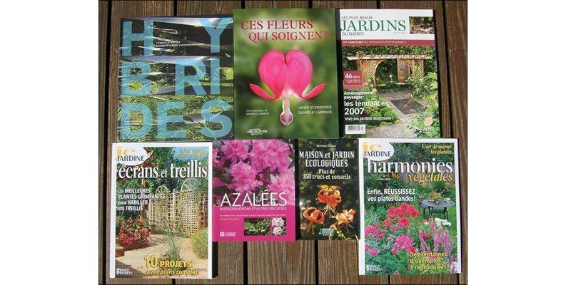 Quelques livres pour alimenter votre soif de connaissances... (Photo www.jardinierparesseux.com)