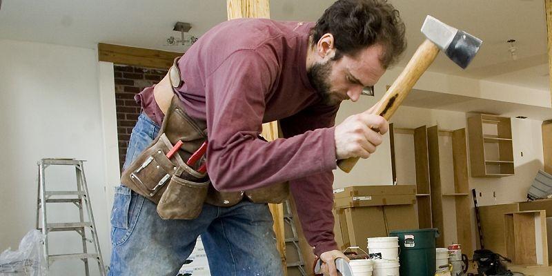 Le rythme soutenu suivant lequel la rénovation... (Photo archives La Presse)