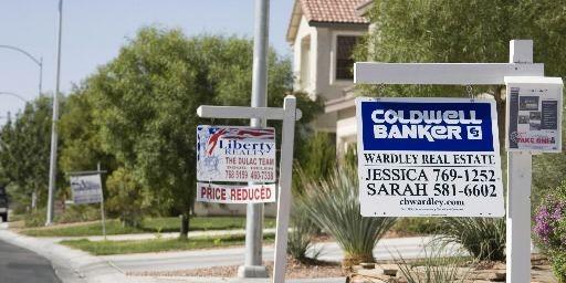 La crise immobilière risque de s'aggraver encore aux... (Photo Reuters)