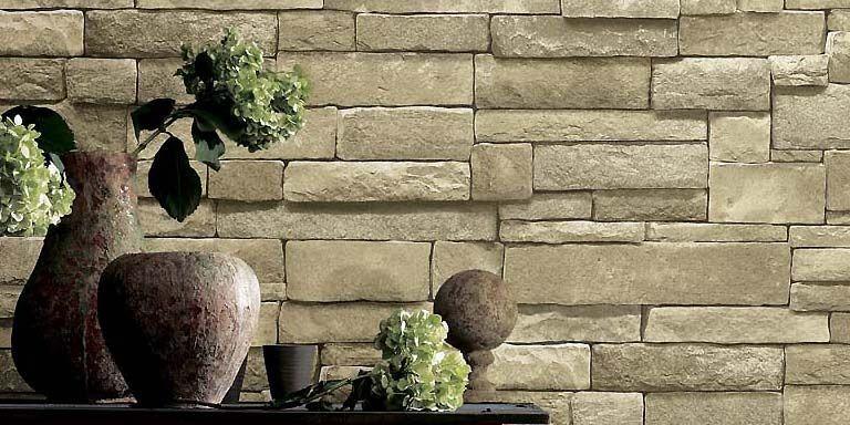 Un mur de pierres... en papier peint. Une... (Photo fournie par Blue Mountain)