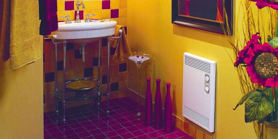 Dans cette salle de bains moderne, le convecteur... (Photo fourniepar Convestair)