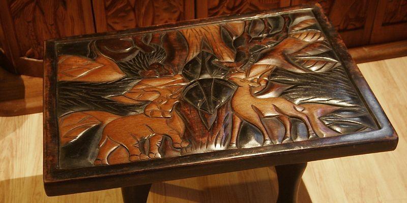 La table, tout comme les autres objets, sont... (Photo Jocelyn Bernier, Le Soleil)
