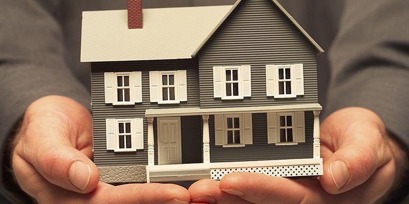 Vingt-et-un pour cent des Québécois pensent acheter une maison ou une unité de...