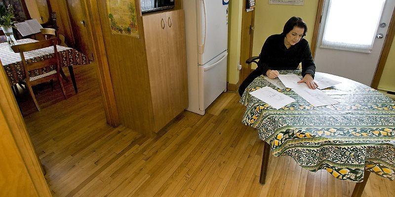 Marie Blanchet et son conjoint veulent déménager leur... (Photo Patrick Sanfaçon, La Presse)