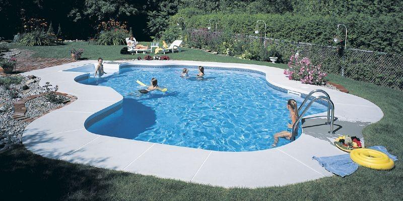 Piscines un chauffe eau solaire conomique yves perrier for Club piscine chauffe eau