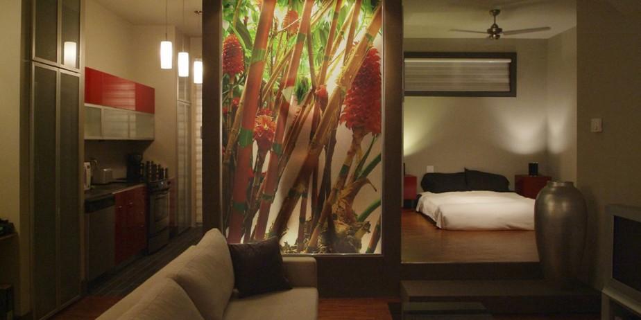 Une division en verre très artistique.... (Photo fournie par Impressa Design)