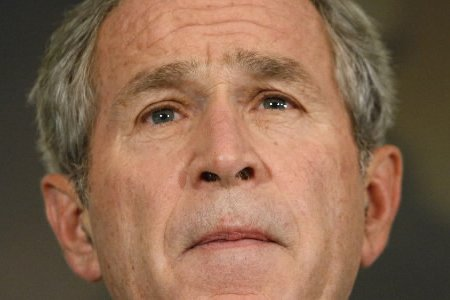 Georges W. Bush... (Photo: AP)