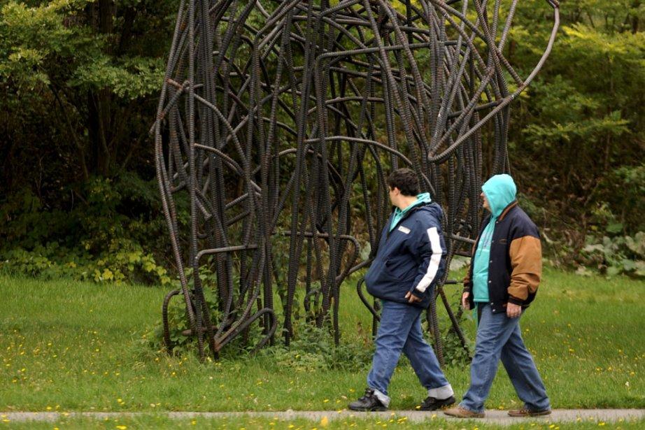 Cet ensemble formé de barres d'acier ressemble à... (Photo: Bernard Brault, La Presse)