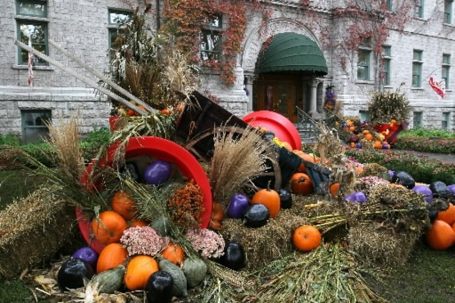 Decoration halloween quebec for Decoration quebec