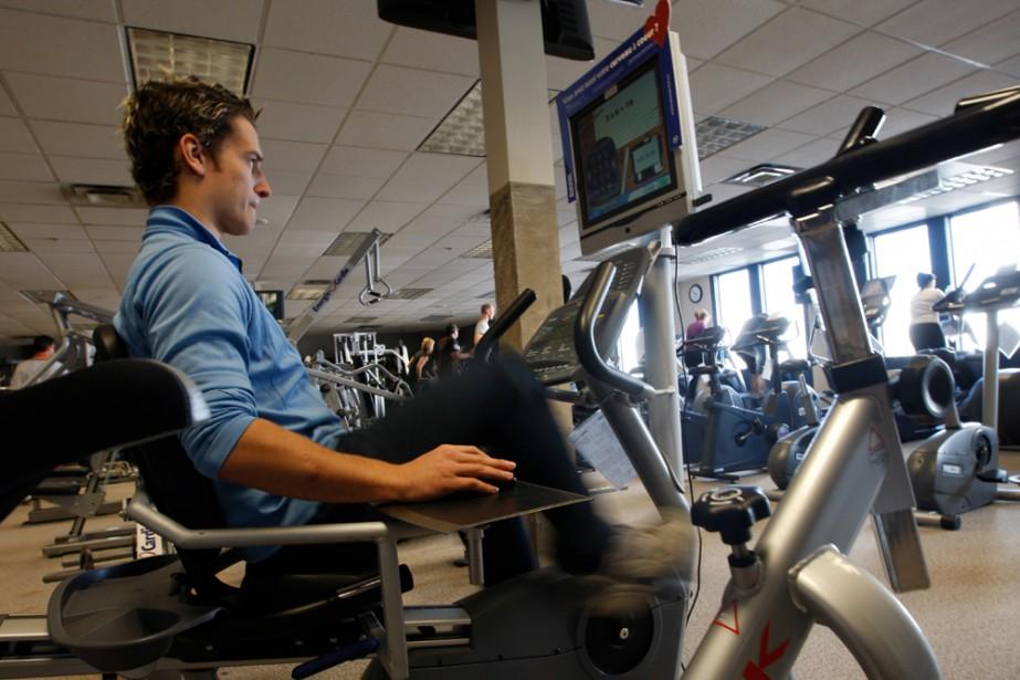 Le vélo stationnaire NeuroActive fait travailler les neurones... (Martin Chamberland, La Presse)