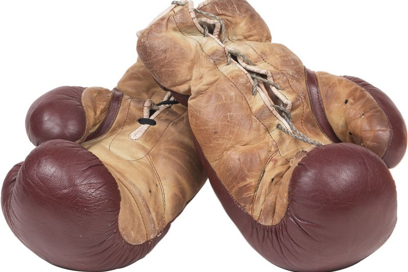 Qualifié de plus grand perdant du monde de la boxe, Peter Buckley disputera le...
