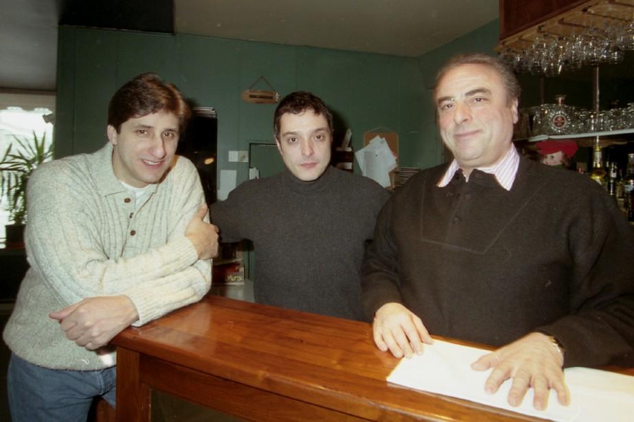 Tony Conte, à gauche, en compagnie de Romano... (Archives La Presse)