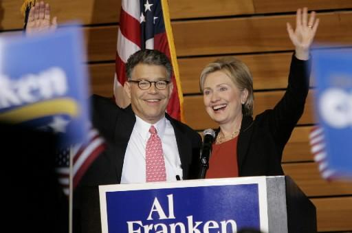 Al Franken et Hillary Rodham Clinton... (Photo: AP)