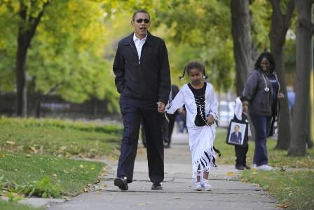 Barack Obama et sa fille de 7 ans,... (Photo: AFP)