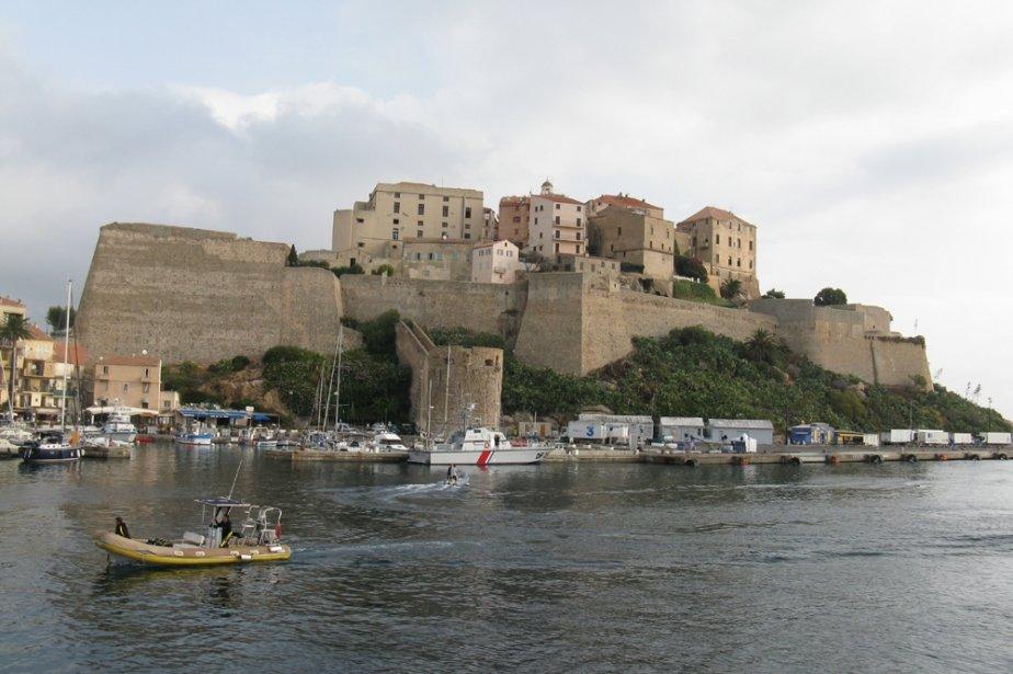 La citadelle de Calvi. Christophe Colomb y serait né et... | 2011-03-01 00:00:00.000