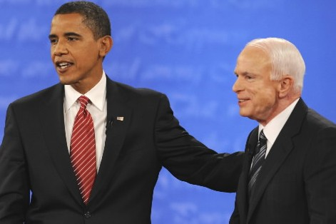 Barack Obama et John McCain... (Photo: AFP)