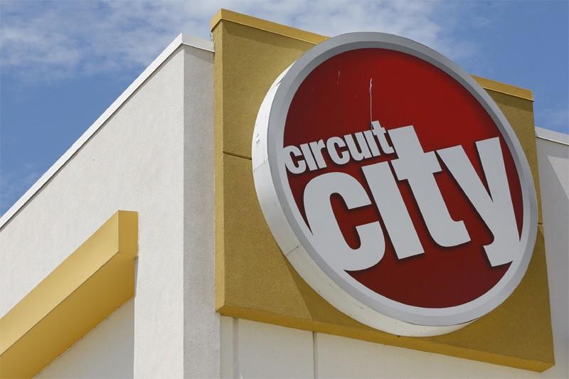Le logo de Circuit City... (Reuters)