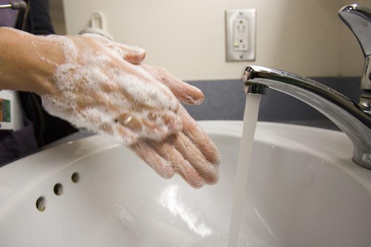 «Lorsqu'il est possible de se laver les... (Photo: Martin Tremblay, La Presse)
