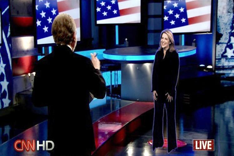 La journaliste Jessica Yellin en conversation holographique avec... (Photo: AFP)